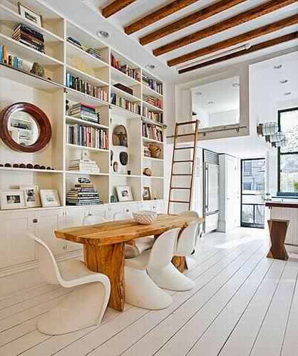 北欧风格别墅欣赏 餐桌与书架图片