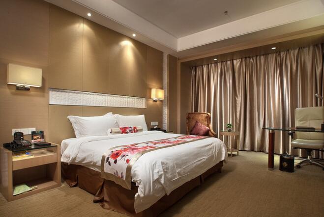 背景墙 房间 家居 酒店 设计 卧室 卧室装修 现代 装修 659_442