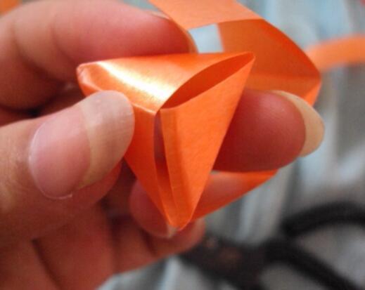 手工制作立体彩带花