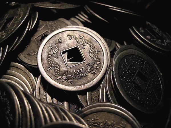 编5个铜钱的步骤及图片