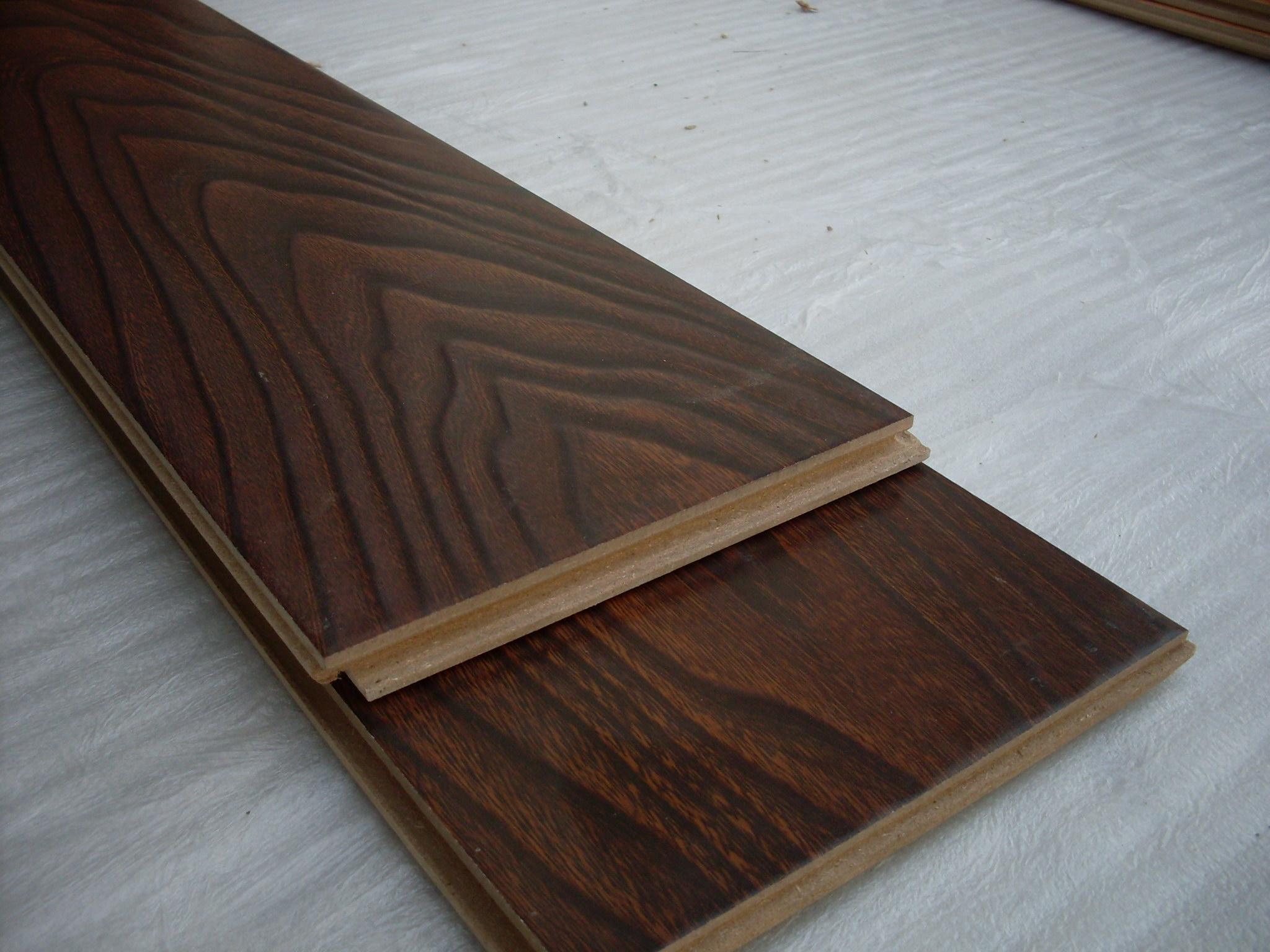 实木复合地板,多层实木地板过程中