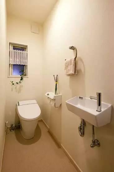 2平方米小浴室设计图