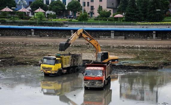 关于河道清淤施工方案资料