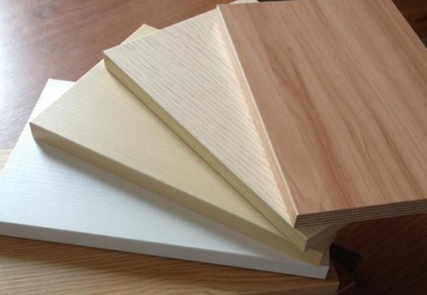 板材分类    1,按材质分类可分为:实木板