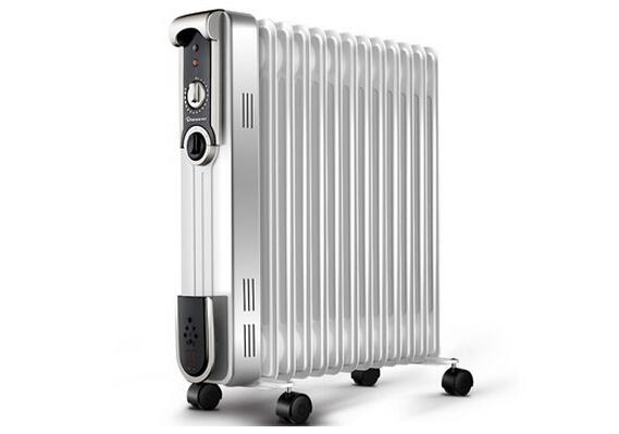 冬季到来,商场里的各种取暖器的销售也变得火热起来了,在如此众多的取暖设备中,人们选择取暖器的时候也感觉到很难决定。油汀取暖器和电热膜取暖器都是比较常见的两种取暖设备,那么哪一更好呢?下面就让我们来了解一下油汀好还是电热膜好?    油汀取暖器:   电油汀电暖器一般是暖气片的设计形式,它内部是用导热油发热的形式,当电源通电后,电热油会随着电热管被加热,这样电热油沿着热管进行热量传递到周围。这种电暖器的导热油无需更换,使用寿命较长。   电热油汀用于客厅取暖时,应尽量靠近空气对流的位置,这样既暖和又省电