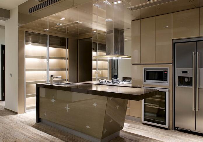 装修保障网 装修学堂 厨房装修 厨房墙面材料选择大揭秘 厨房装修时一图片