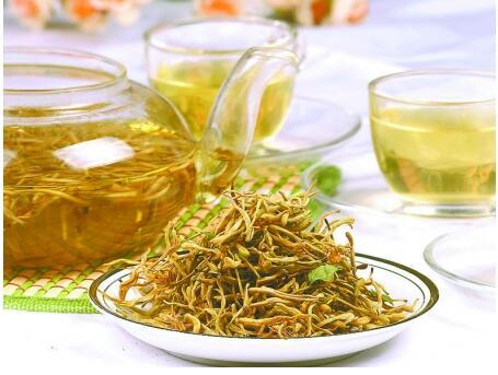 【图】金银花泡水喝的功效与作用 金银花泡水喝好处