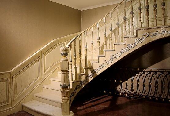复式房安装之木楼梯的注意事项