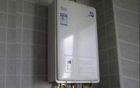 林内热水器的安装方法 林内热水器安装费用图片