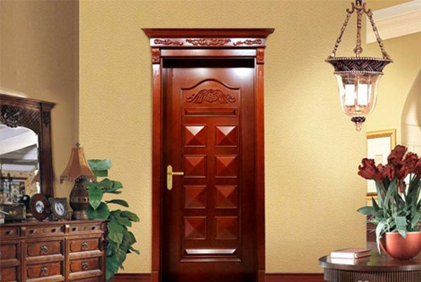 产品涵盖原木雕花门,实木贴皮门,立体烤漆木门,欧式烤漆木门,浮雕烤漆