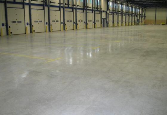 水泥地板漆施工方法 工装地面法宝
