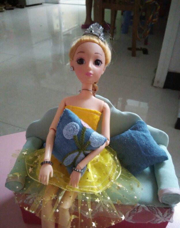 家居diy:芭比娃娃沙发制作步骤 太有公主范了