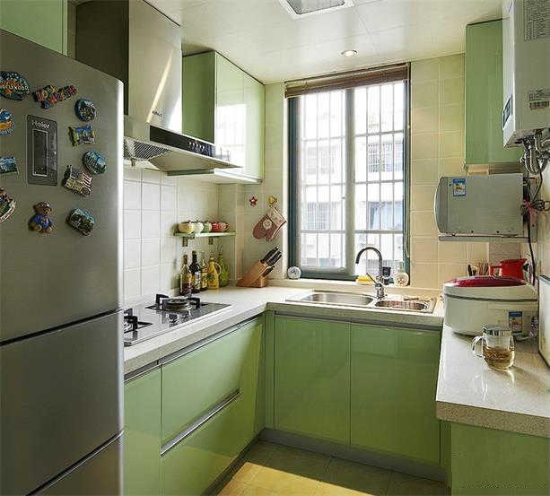 现代厨房装修潮流 小长厨房装修效果图
