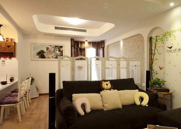 套房客厅吊顶设计装修