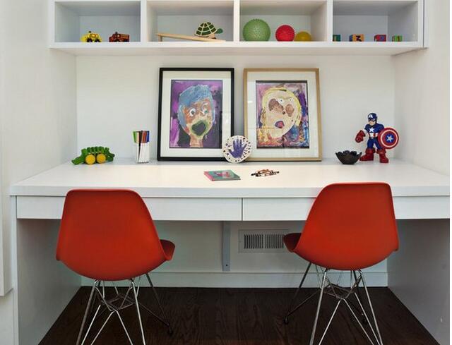 书房书桌摆放搭配设计 书房书桌摆放效果图图片