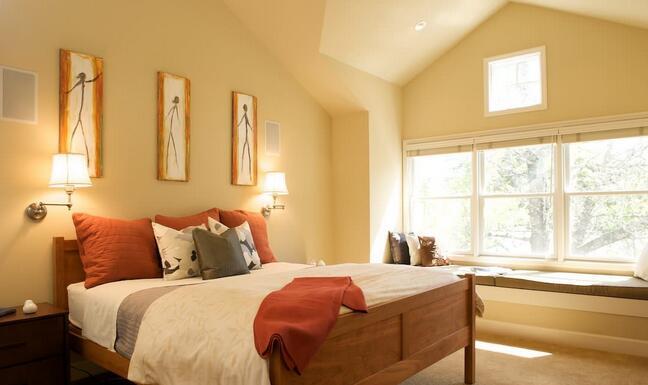 卧室壁灯装修设计注意事项 卧室壁灯装修设计效果图