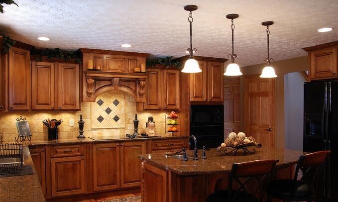 美式实木整体厨房 实木的自然气息图片