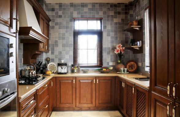 美式实木整体厨房 实木的自然气息