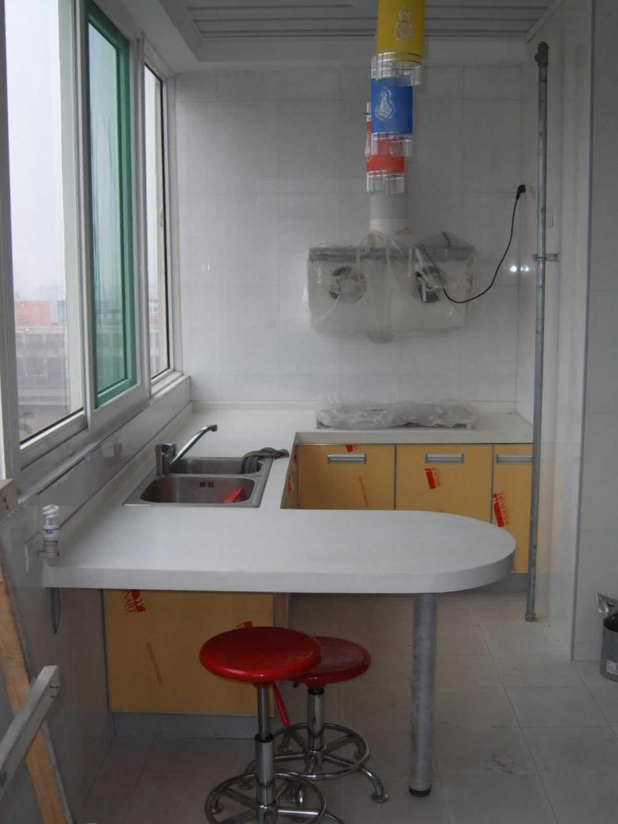 了解厨房设于阳台的风水宜忌!_装修保障网