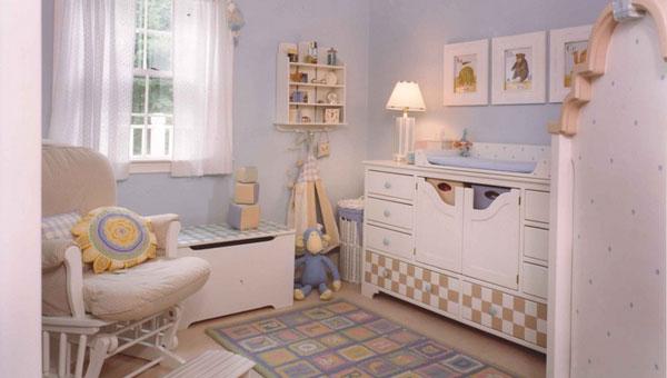 每个宝宝都应该健康快乐的成长,拥有一个天真无忧的童年。如果每天晚上都可以踏踏实实的睡在温馨舒适的儿童房中,父母看着他的入睡,都会觉得很美好。那么儿童房该如何装修呢?下面就一起来看下这六张儿童房装修效果图吧!你就知道答案!   儿童房装修效果图一:想要自己的孩子性格更稳重一些吗?
