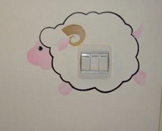 手绘墙开关很简单 自己动手画出来
