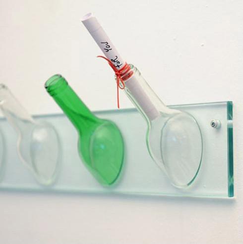 家居DIY:创意玻璃瓶挂衣架