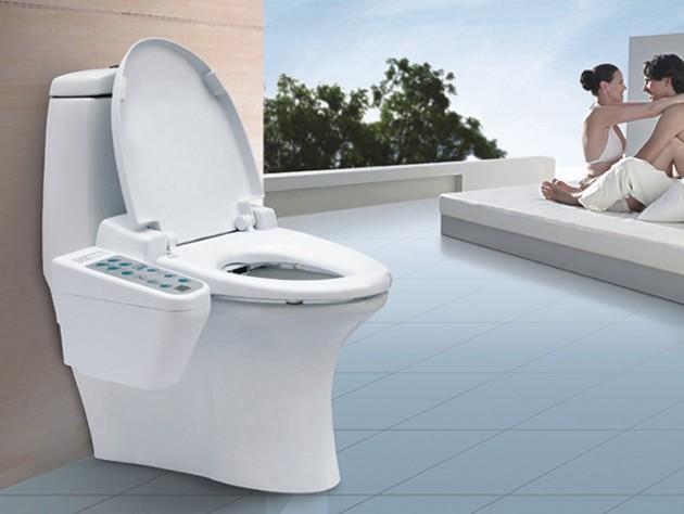 """1,松下马桶洁净:独特的""""带感应可转动储水阀设计技术""""排水方式图片"""