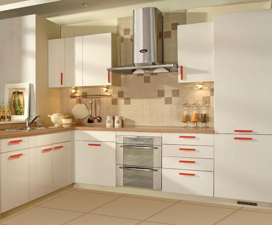 空间 厨房 整体厨房   1,不锈钢:这款板材比较实用,坚固,且容易清洗图片