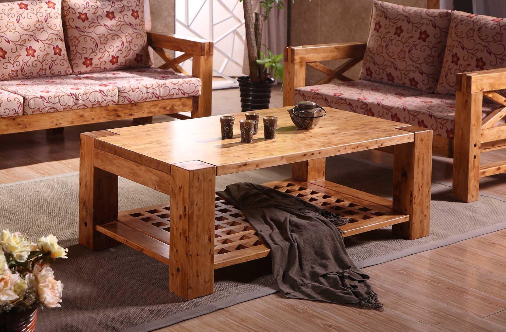 人们对于家具的选择不仅只是注重产品价格款式、功能,更多的是家具的环保及此给健康带来的保证。而柏木家具是实木家具的一种,环保健康是它特点之一。那么下面我们就来看看柏木家具十大品牌最新排名。    柏木家具十大品牌-陈实柏木   陈实柏木家具产品在质量上面具有结构稳定牢固、耐脏、耐磨和耐刮等特点,在设计上面整体时尚美观、款式新颖独特,具有本色系列,仿古系列,休闲系等多个系列的选择,是家具市场上面较为畅销的产品之一。   柏木家具十大品牌-沐兰   沐兰家具以健康、养生为设计理念,以先进的生产设备和完善的