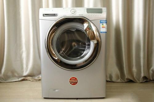 例如在2012年首推的滚筒洗衣机就是其新时代的产品,其还有.