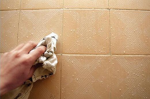 [转载]生活小常识:返潮怎么处理?墙面冒水和地板潮湿怎么办?