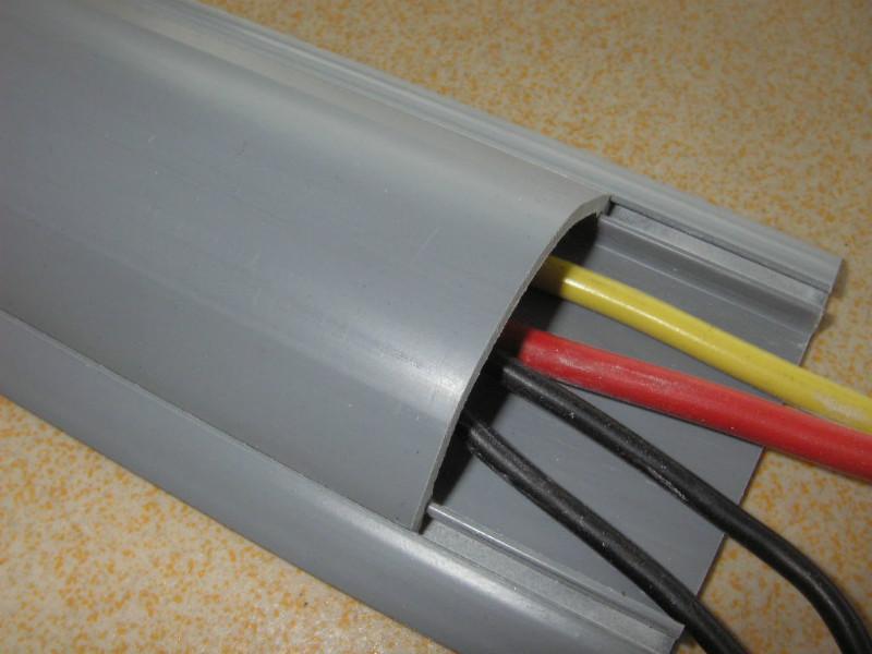 pvc线槽安装规范及技巧       pvc线槽相当与就是一种电路保护材料