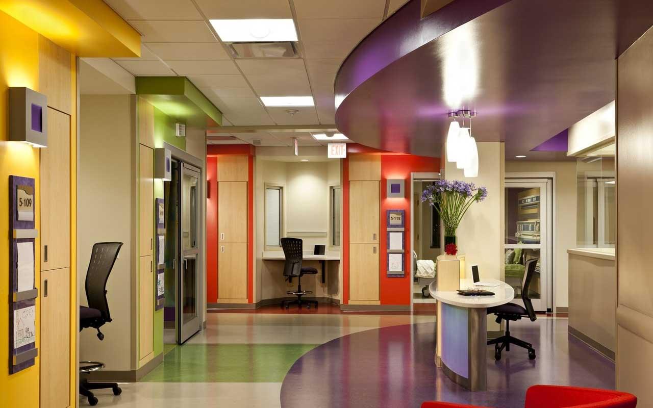 摘要:在进行室内色彩设计时,应首先了解和色彩有密切联系的以下问题:1