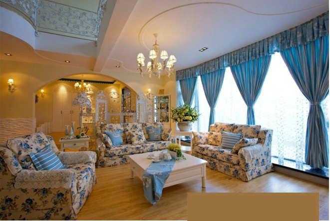 客厅单边吊顶装修效果图       客厅单边吊顶,雕花的设计很是唯美