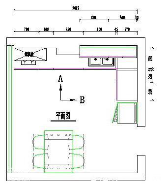 通过定制家具的方式,可以让橱柜完美贴合墙面结构,解决拐角处空间利用