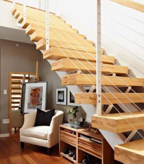 小户型室内楼梯效果图       小户型室内楼梯上下层的空间安排设计尤