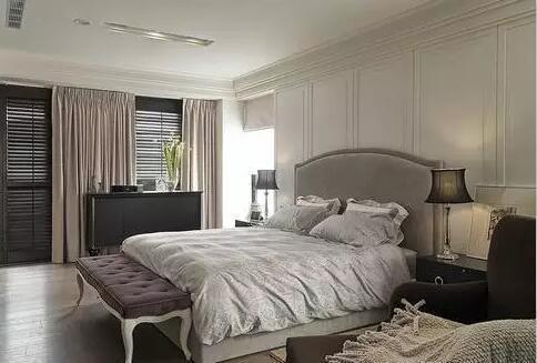 如果你喜欢古朴典雅的欧式风格,可以选择哥特式,地中海式家具,而
