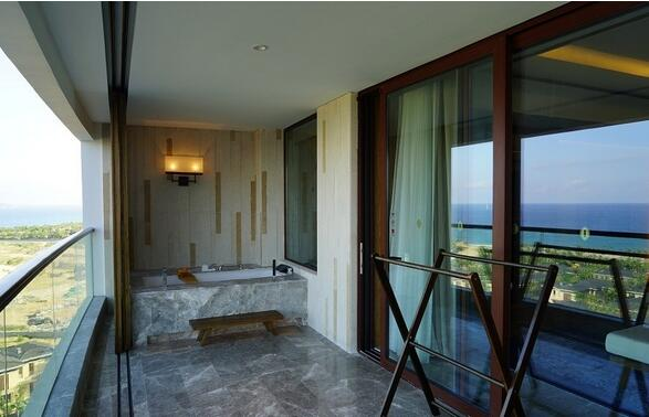 浴缸放阳台的注意事项 浴缸放阳台装修效果图