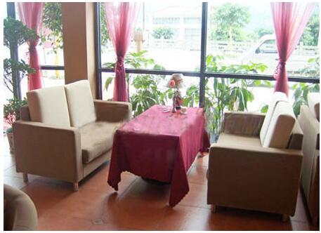 茶餐厅沙发装修设计效果图