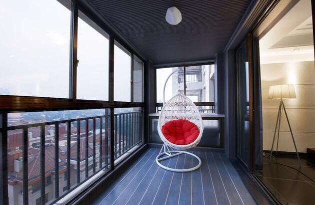 阳台装修灯具选择
