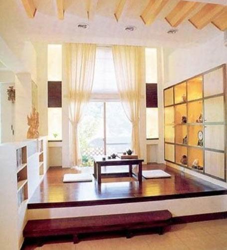另外如果用木框包装墙裙,墙裙还多占用了一些空间.