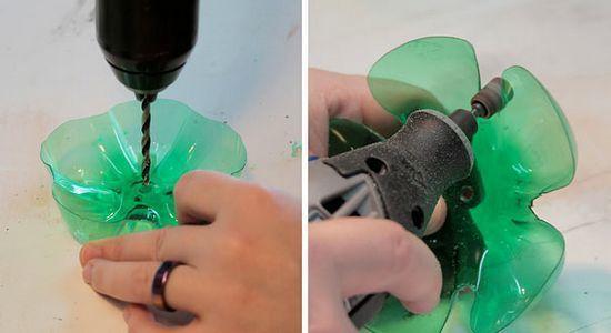 其实塑料瓶还是有很多用处的,不仅可以做背景墙,还可以当花篮哦.