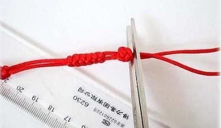 家居diy:金刚结红绳手链编法图解