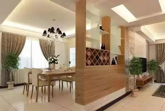 一般的户型中,客餐厅都是相连的空间,那么客厅与餐厅之间,隔断该如何做更好看呢? 客餐厅中做隔断,是常见的设计手法,可以让客厅、餐厅的空间保持独立性。常见的有玻璃、屏风等隔断。那么如何把餐厅隔断装修能区分餐厅与客厅的妙招呢?