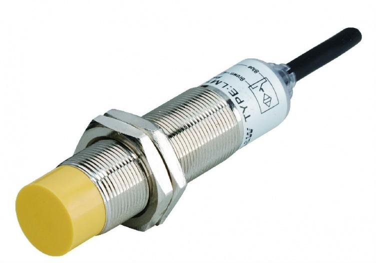 4)接近开关的负载可以是信号灯,继电器线圈或可编程控制器plc的