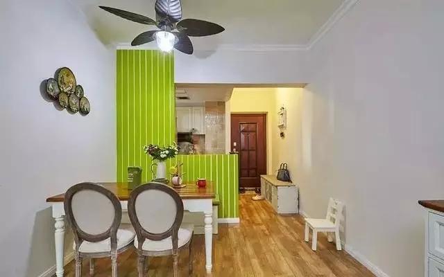 少女心十足的64�O绿色厨房餐厅装修