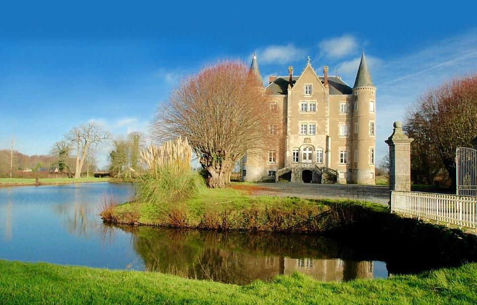 【图】伦敦夫妇350万变卖两居室 买下法国古城堡图片