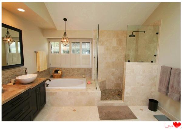 巧用玻璃隔断 让家充满阳光     隔断的选材也是非常丰富,石膏板,木材