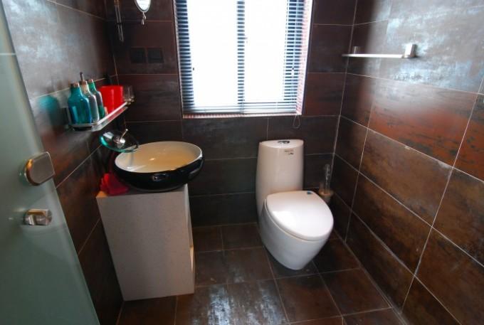 巧用三招为小卫生间扩容