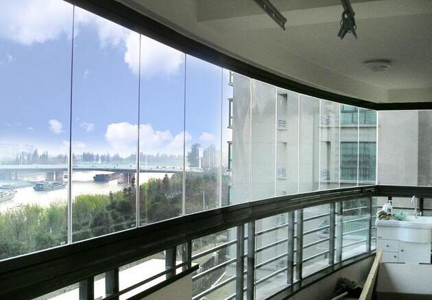 阳台装修全景窗优缺点有那些